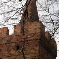Der schadhafte Pulverturm am Heidetor